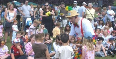 Magic OZ the fun Children's entertainer & Children's Party Entertainment